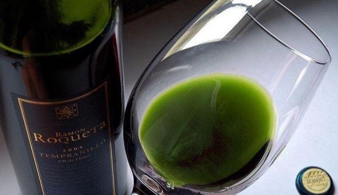 Δεν έχεις παραισθήσεις: Το κρασί αυτό είναι πράσινο και περιέχει μαριχουάνα