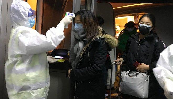 Έλεγχοι στα ΜΜΜ στην Κίνα για τον κοροναϊό