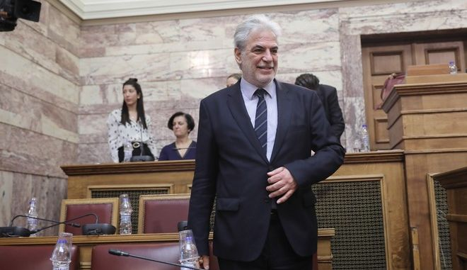 Ο Χρήστος Στυλιανίδης στην ελληνική Βουλή ως επίτροπος της ΕΕ, το 2018