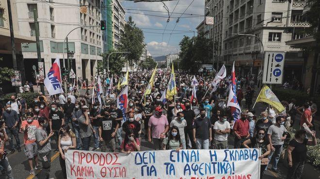 Μαζική συμμετοχή στις διαδηλώσεις κατά του νομοσχεδίου Χατζηδάκη