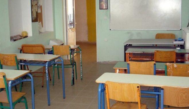 """""""Φωνές"""" από την ΕΛΜΕ Μαγνησίας για κλήσεις μαθητών για κατάθεση"""