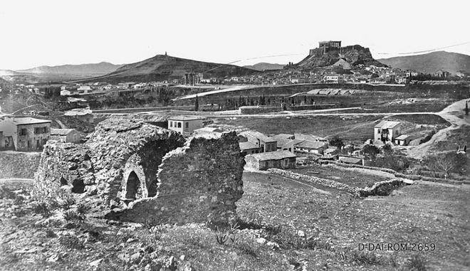Όταν η Αθήνα είχε ποτάμι. 20 καρέ μιάς άλλης εποχής Pagkrati