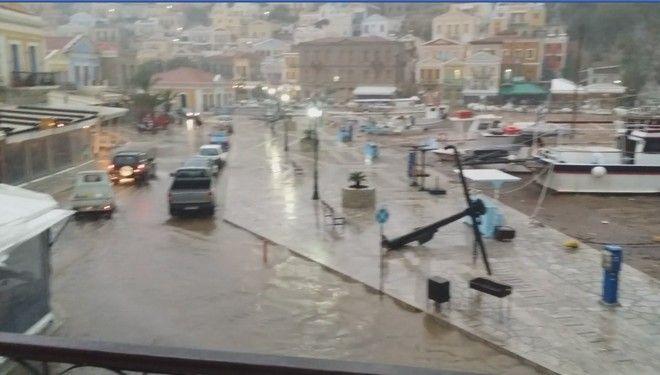 Σύμη: Τεράστιες καταστροφές - Η 'Ευρυδίκη' δεν άφησε τίποτα όρθιο