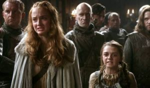 Game Of Thrones: Οι αδερφές Stark τραγουδούν όπως αρμόζει σε γαλαζοαίματες