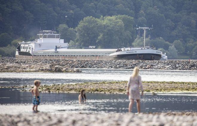 Καύσωνας στην Ευρώπη: Ρεκόρ υψηλής θερμοκρασίας - λιώνουν πάγοι