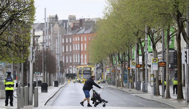 Δρόμος στο Δουβλίνο σε καιρό πανδημίας κορονοϊού