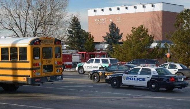 Υπέκυψε στα τραύματά της 17χρονη τραυματίας σε σχολείο του Κολοράντο