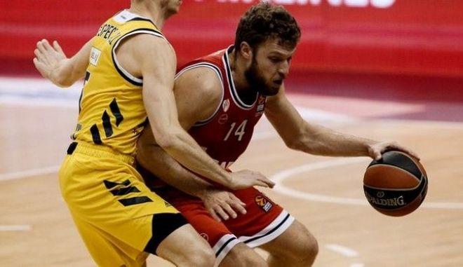 Άλμπα - Ολυμπιακός 80-84: Ο Βεζένκοβ θρυμμάτισε τα ρεκόρ