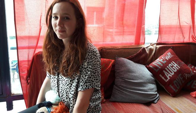 Η επιλογή της Sophie: Από το Μάντσεστερ, στην Ελλάδα για τους πρόσφυγες