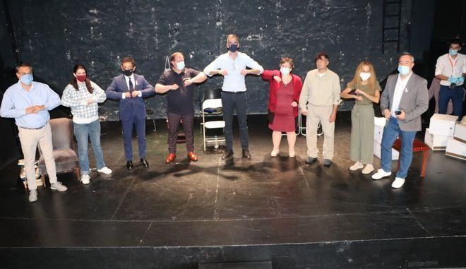 Η θεατρική ομάδα αστέγων Walkabout της Equal Society παρέδωσε μαθήματα ζωής