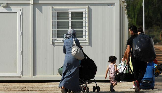Άφιξη προσφύγων στην ανοιχτή δομή φιλοξενίας των Τρικάλων, Αρχείο