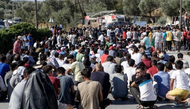Από τη διαμαρτυρία των προσφύγων και των μεταναστών που μένουν στην Μόρια.