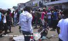 Βίντεο-σοκ: Πώς πολεμούν τον Έμπολα στους δρόμους της φτώχειας