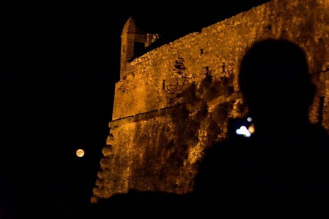 Πανσέληνος στο κάστρο στο Παλαμήδι στο Ναύπλιο