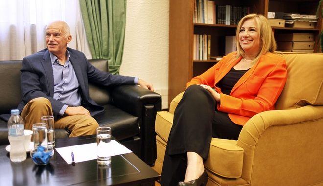 Συνάντηση του Προέδρου του ΠΑΣΟΚ και Επικεφαλής της Δημοκρατικής  Συμπαράταξης Φώφης Γεννηματά με τον Πρόεδρο του ΚΙΔΗΣΟ Γιώργο  Παπανδρέου. Φωτογραφία Αρχείου