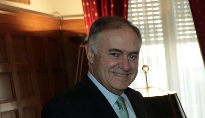 Ο Ισπανός πρέσβης στην Αθήνα, Ενρίκε Βιγέρα