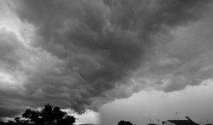 Πυκνή συννεφιά.
