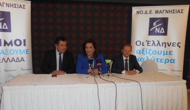 Ντόρα Μπακογιάννη: 'Όχι σε 'σαλαμοποίηση' της λύσης για το Σκοπιανό'