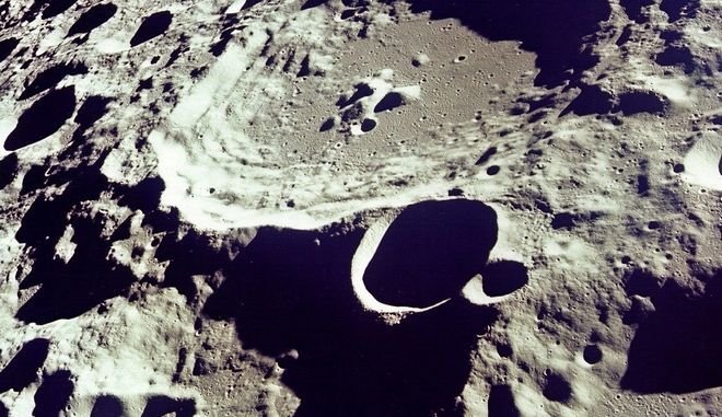 Καρατήρας - Σελήνη