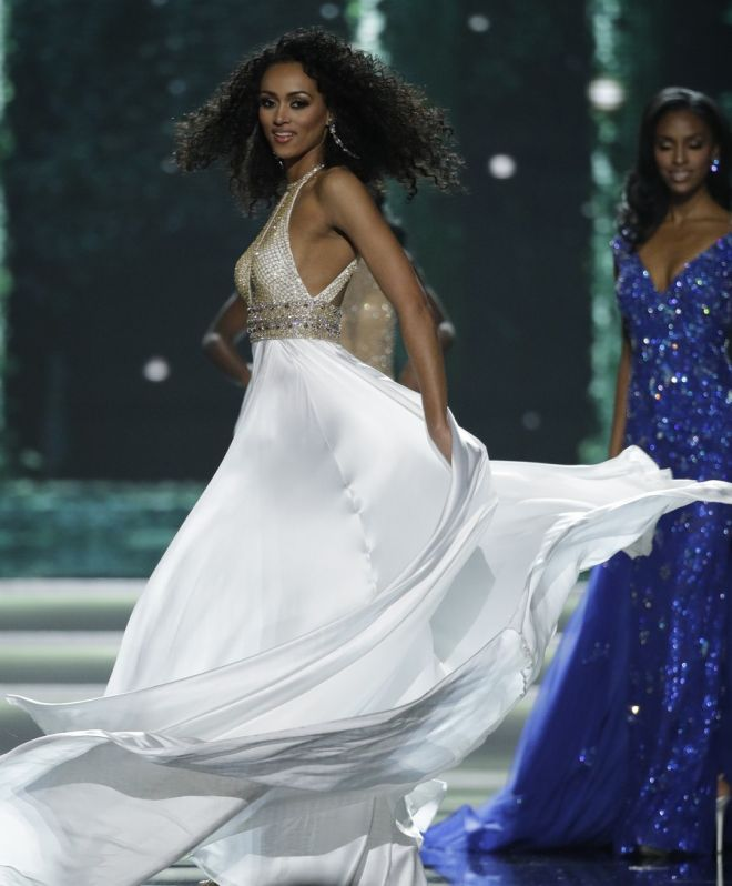 Miss District of Columbia USA Kara McCullough competes during the Miss USA contest Sunday, May 14, 2017, in Las Vegas. (AP Photo/John Locher)