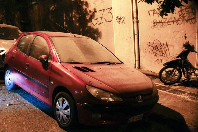 Ζημιές στους δρόμους του Ζωγράφου από επεισόδια ανάμεσα σε οπαδούς του Παναθηναϊκού και του Ολυμπιακού