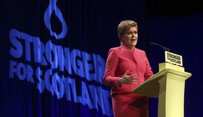 Στέρτζον: Το δημοψήφισμα για την ανεξαρτησία θα γίνει