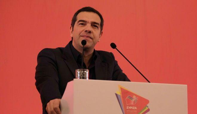 Στιγμιότυπο από την επίσκεψη του προέδρου του ΣΥΡΙΖΑ Αλέξη Τσίπρα σε Ιωάννινα και Άρτα