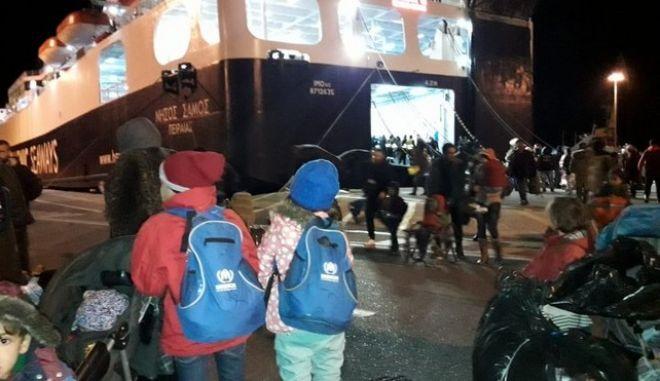 DW: Μυστηριώδης 'εξαφάνιση' προσφύγων στην Ελλάδα