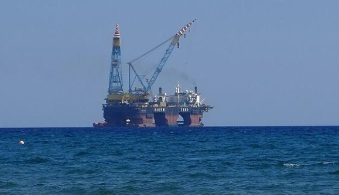Πλατφόρμα εξόρυξης φυσικού αερίου