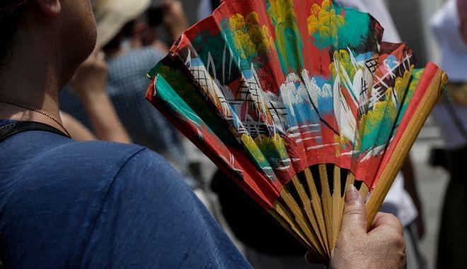 Καλοκαίρι διαρκείας: Πάνω από τα κανονικά η θερμοκρασία - Πότε θα δροσίσει