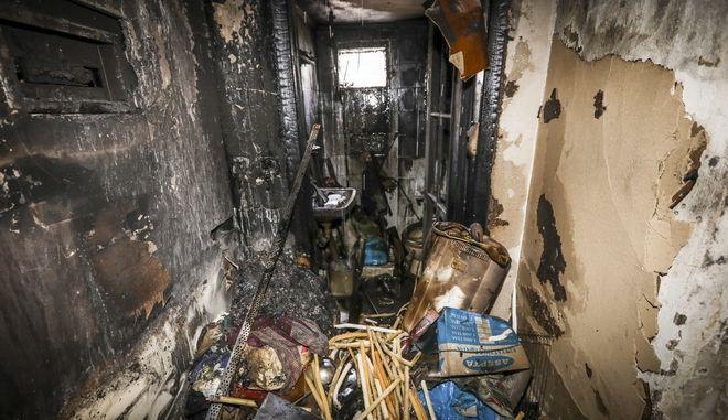 Οικογενειακή τραγωδία στην Κατερίνη: Οι πρώτες εικόνες από το διαμέρισμα όπου ξέσπασε η φωτιά
