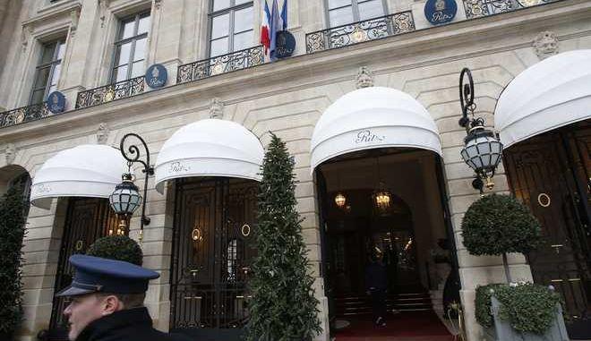Το θρυλικό ξενοδοχείο Ritz του Παρισιού δημοπραττεί 3.500 συλλεκτικά έπιπλα