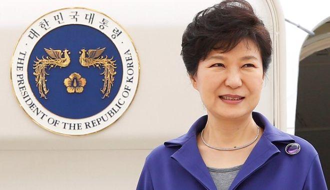 Καθαιρέθηκε η πρόεδρος της Νότιας Κορέας