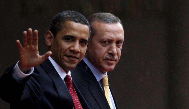 Ομπάμα και Ερντογάν βάζουν σε κοινό στόχαστρο τον PKK και ενισχύουν τους αντάρτες της Συρίας