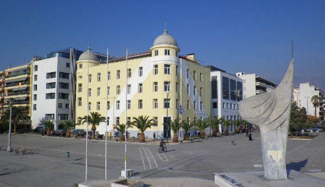 Βόλος: Φοιτήτρια καταγγέλλει ξυλοδαρμό από λέκτορα μέσα στο Πανεπιστήμιο