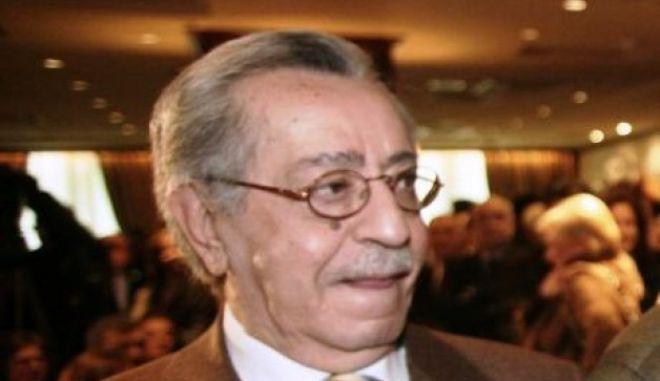 Πέθανε ο Γιώργος Κατσιφάρας