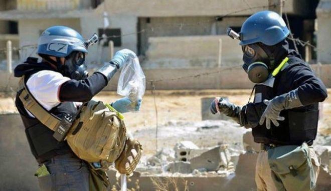 Κυρώσεις για τη χρήση χημικών όπλων στη Συρία, ζητά ο Γάλλος ΥΠΕΞ