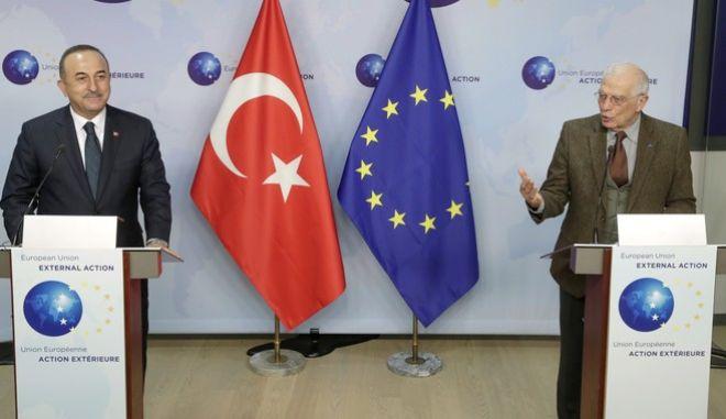 """Συνάντηση Μπορέλ- Τσούσοβλου στις Βρυξέλλες - """"Βιώσιμη αποκλιμάκωση στην Ανατολική Μεσόγειο"""""""