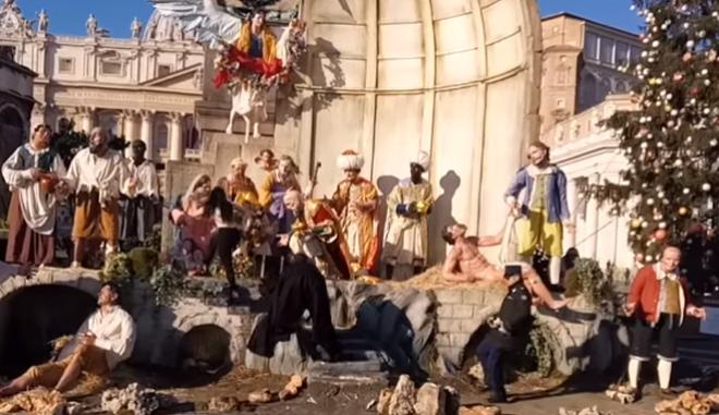 Βατικανό: Ημίγυμνη ακτιβίστρια των Femen επιχείρησε να αρπάξει το θείο βρέφος