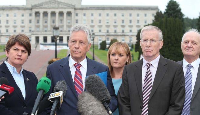 Παραιτήθηκε ο πρωθυπουργός της Βόρειας Ιρλανδίας