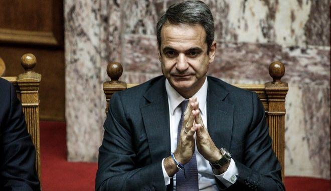 Ο πρωθυπουργός Κυριάκος Μητσοτάκης στην Ολομέλεια της Βουλής