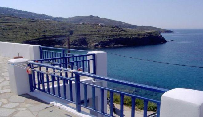 Τριήμερο Πρωτομαγιάς: Προσφορές για ξενοδοχεία σε δέκα προορισμούς στην Ελλάδα από 32,5€ το άτομο και παιδί δωρεάν!