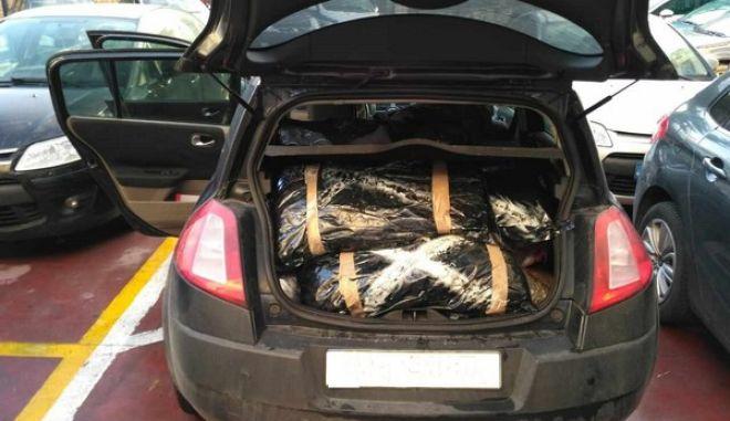 Άρτα: Γέμισαν το αυτοκίνητο με 109 κιλά κάνναβης