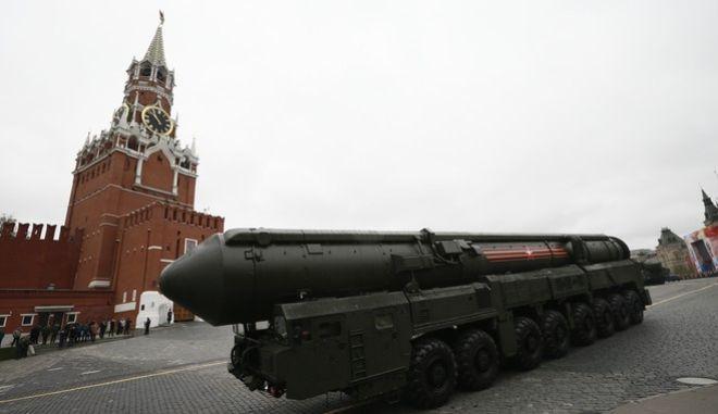 Παλαιότερη παρέλαση στη Μόσχα