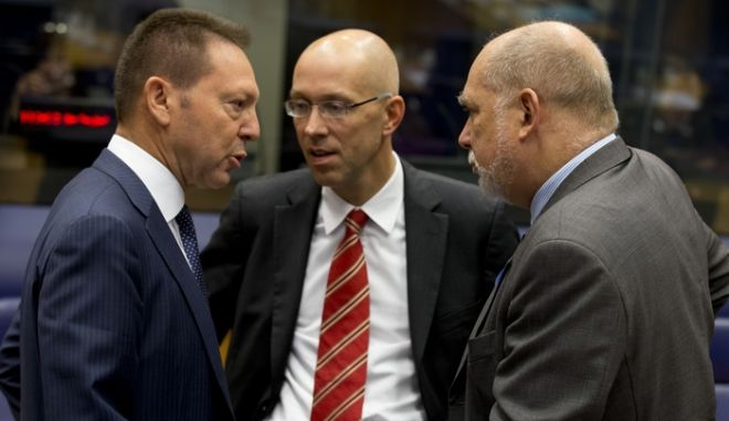 From left to right: Mr Ioannis STOURNARAS, Greek Minister for Finance; Mr Thomas WIESER, President of the EFC. (EUROKINISSI/ÓÕÌÂÏÕËÉÏ ÔÇÓ Å.Å.)