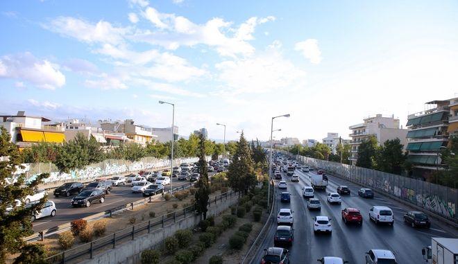 Κίνηση στους δρόμους: Μποτιλιάρισμα στον Κηφισό - LIVE ΧΑΡΤΗΣ