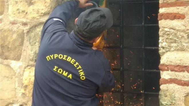 Μετρά πληγές από τη θεομηνία η Θεσσαλονίκη - Κλειστά σχολεία και υπηρεσίες