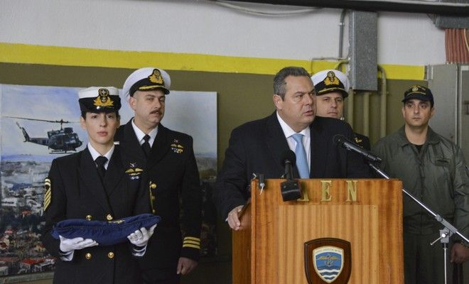 Ο ΥΕΘΑ Πάνος Καμμένος στην τελετή εγκαινίων του προσομοιωτή ναυτιλίας ελικοπτέρων στη Βάση Ελικοπτέρων του Πολεμικού Ναυτικού  (EUROKINISSI/ΓΡ. ΤΥΠΟΥ ΥΕΘΑ)