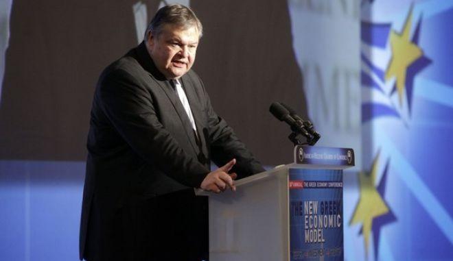 """Ομιλία του Ευαγγ. Βενιζέλου την Δευτέρα 2 Δεκεμβρίου 2013, στο 24ο ετήσιο συνέδριο """"Η Ώρα της Ελληνικής Οικονομίας"""" από το Ελληνοαμερικανικό Επιμελητήριο. (EUROKINISSI/ΓΕΩΡΓΙΑ ΠΑΝΑΓΟΠΟΥΛΟΥ)"""
