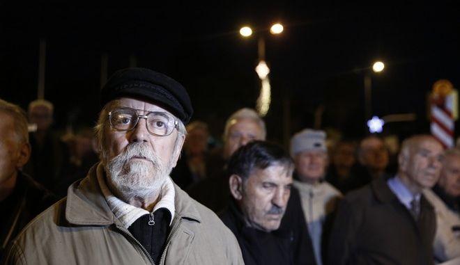 ΑΘΗΝΑ-Πανελλαδικό συλλαλητήριο συνταξιούχων στο Σύνταγμα.(Eurokinissi-ΣΤΕΛΙΟΣ ΜΙΣΙΝΑΣ)